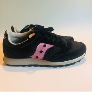 #J1 Saucony Leather Sneakers Sz 8